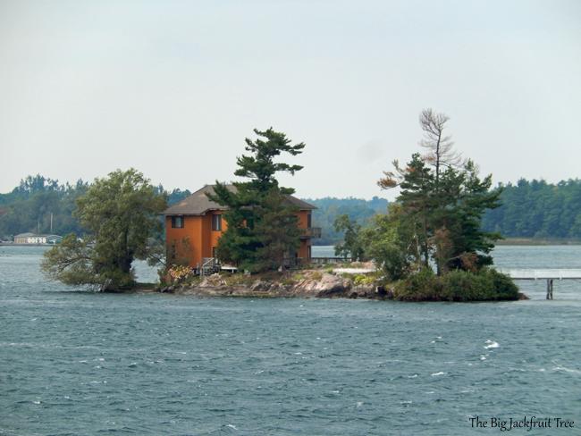 TI-single-home-island8